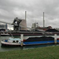 Blick auf den Rheinhafen Karlsruhe